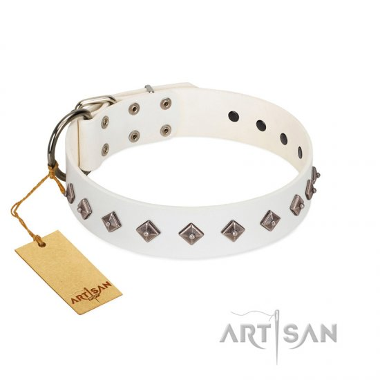 """Snowy Day"" Stylish FDT Artisan White Leather Collie Collar with Small Dotted Pyramids"