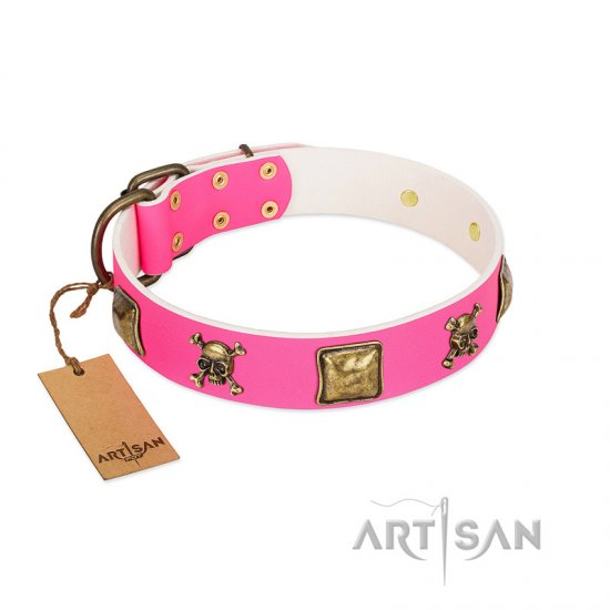 """Wild and Free"" FDT Artisan Pink Leather Collie Collar with Skulls and Crossbones Combined with Squares"