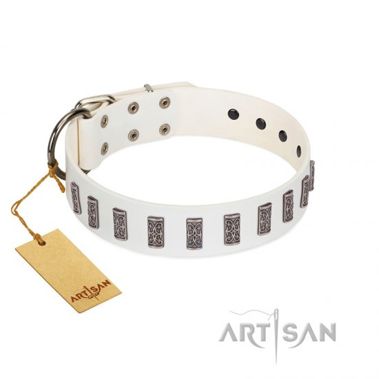 """Heaven's Gates"" Handmade FDT Artisan White Leather Collie Collar with Silver-Like Engraved Plates"