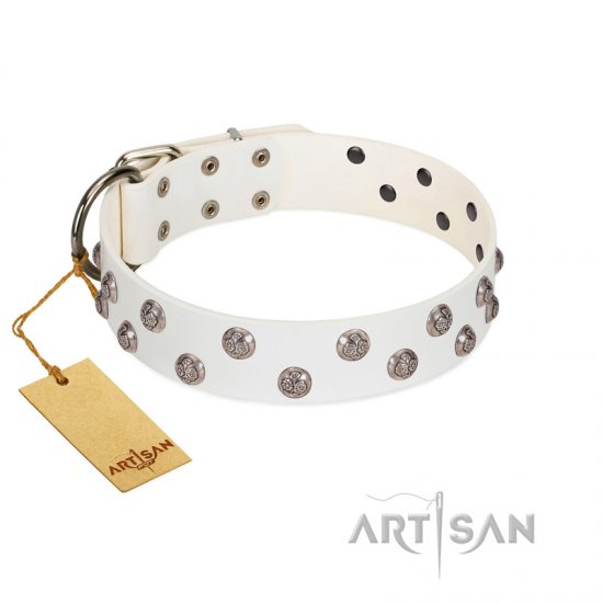 """Wild Flora"" FDT Artisan White Leather Collie Collar with Silver-like Engraved Studs"
